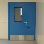 Cleanroom single doors